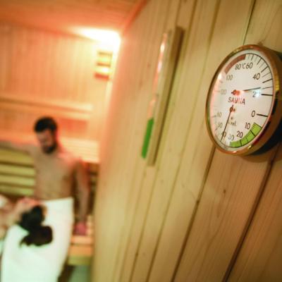Symbolbild Sauna, Thermometer