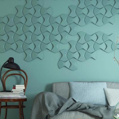 Wand mit Wandelementen in Aquamarin