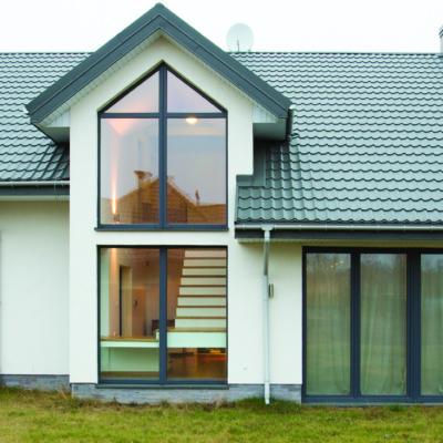 Außenansicht Haus mit Gaube